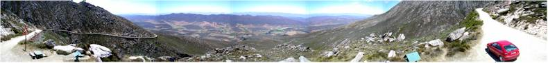 Driving over the fantastic Swartberg Pass (~1600meters) between Outshoorn and Prince Albert (R318)