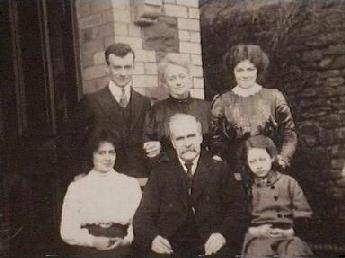 Probert Family - 1910 - Graigwen Place, Pontypridd, South Wales